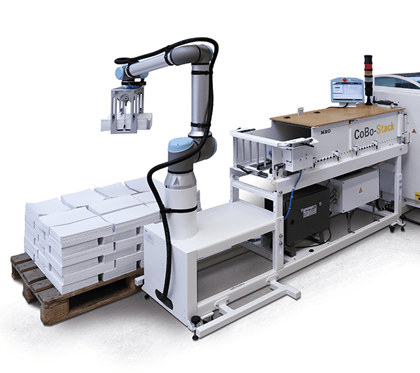 automation, handlng, automated handling, signatures, cobostack, cobo, cobot, robot, 4.0, automatic delivery, b1 folder, b2 folder, b1 folding, b2 folding, palamides, MBO,